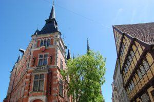 Oldenburger Rathaus mit Degodehaus (Foto: Copyright Stadt Oldenburg)