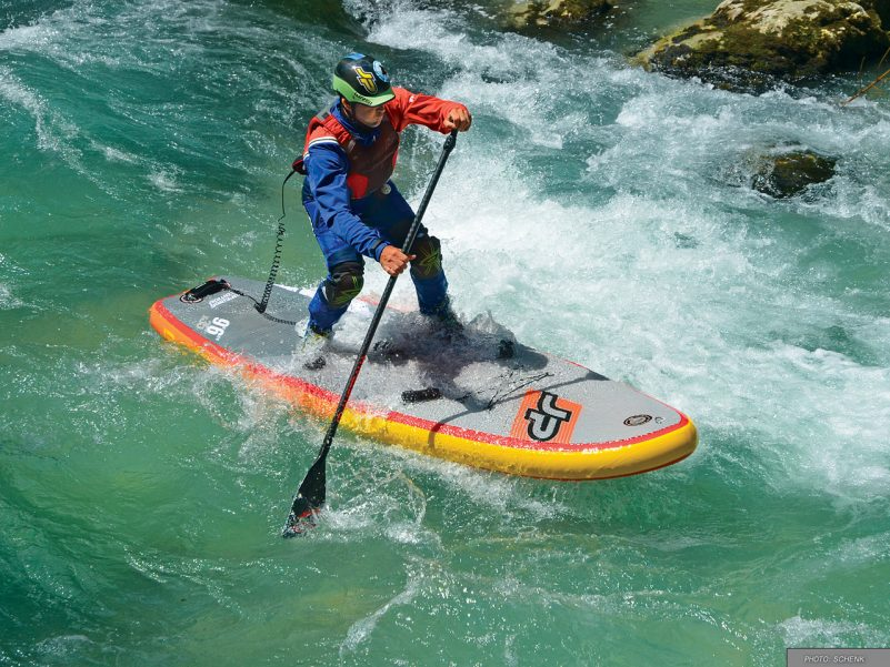 Spezielles SUP-Board fürs Wildwasser (Foto: Daniel Schenk)