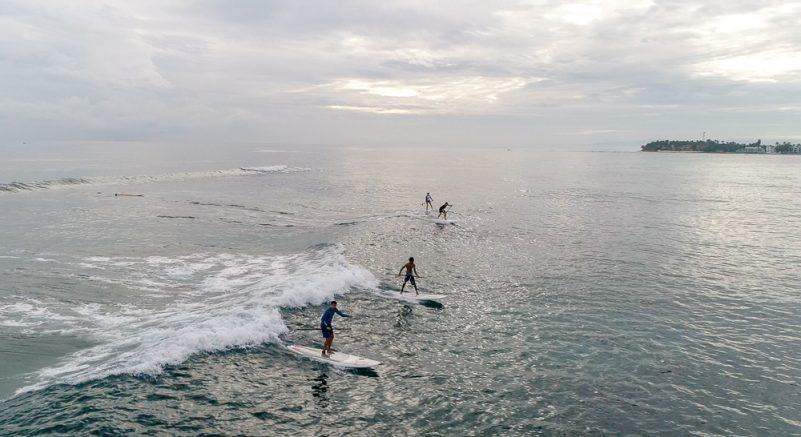 SUP Surfen vor Cabarete (Foto: Adolfo Ramirez)