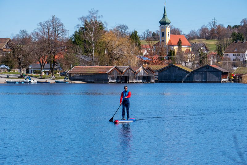 Stand Up Paddling am Staffelsee (Foto: W. Pfannkuch)