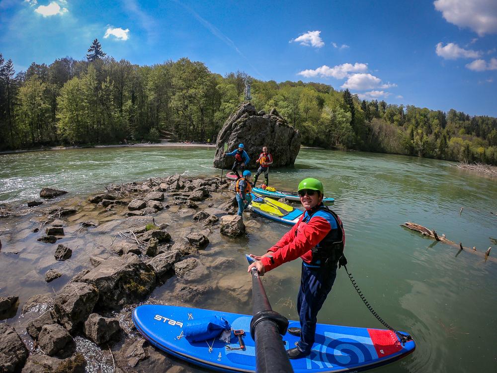 SUP-Wildwasser-Tour auf der Isar (Foto: T. Pfannkuch)