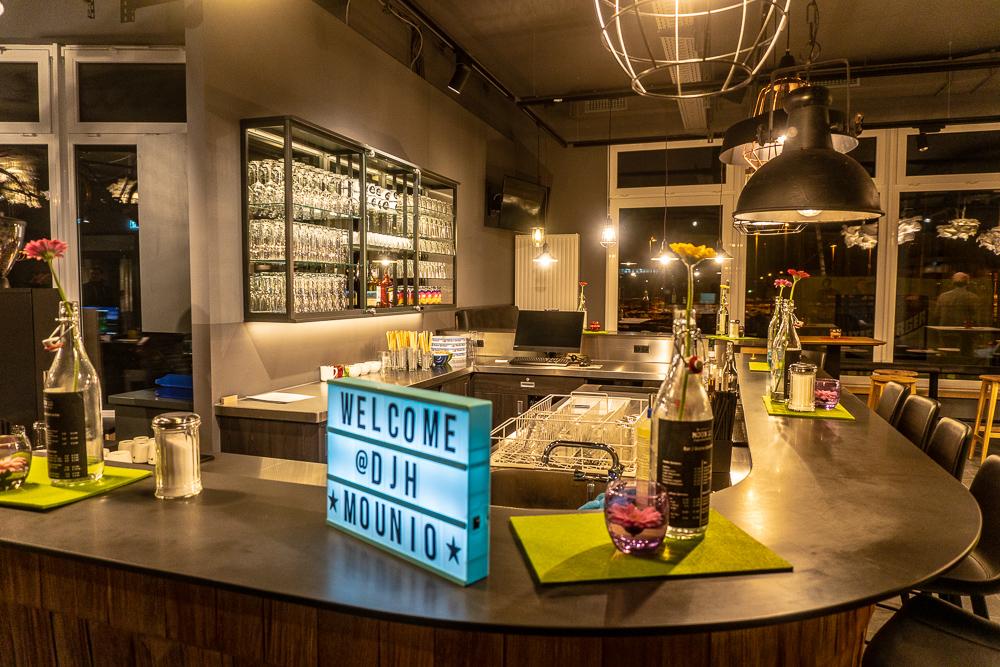 Am Abend gemütlich einen Drink genießen: An der Bar und in der Lounge kein Problem