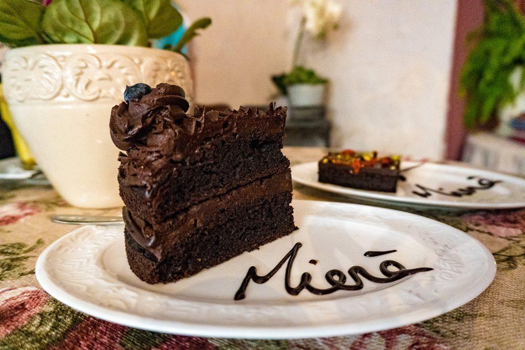Schokokuchen in Perfektion kann man im Café Miera genießen